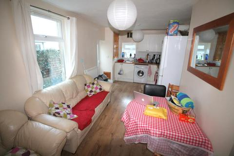 4 bedroom terraced house to rent - Moy Road, Roath - Cardiff