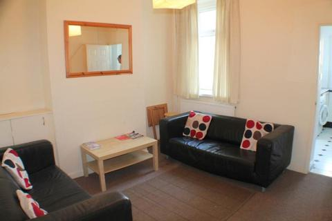 3 bedroom terraced house to rent - Arran Street, Roath - Cardiff