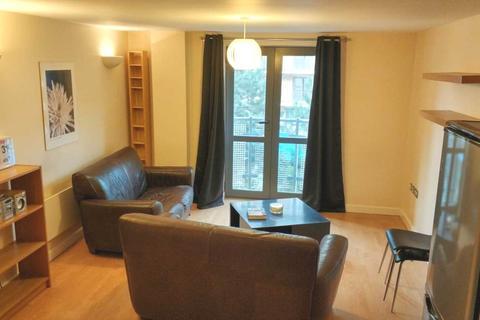 2 bedroom apartment to rent - City Walk, Velocity West