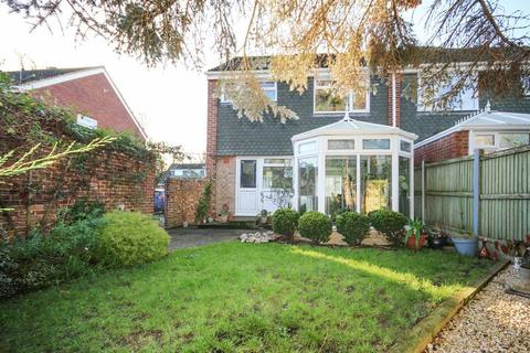 3 bedroom semi-detached house for sale - Eastry