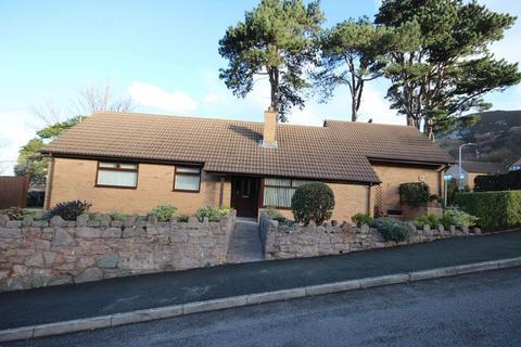 3 bedroom detached bungalow for sale - Parc Moel Lus, Penmaenmawr