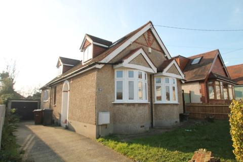 3 bedroom detached bungalow to rent - Seventh Avenue, Chelmsford