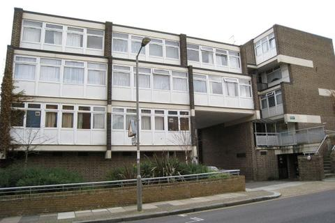 5 bedroom apartment to rent - Rayners Road, Putney