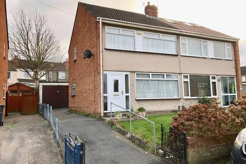 3 bedroom semi-detached house to rent - Clovelly Close, Bristol