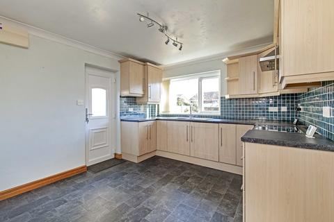 2 bedroom semi-detached house to rent - Ennerdale Close, Dronfield Woodhouse