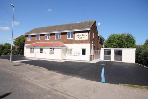 2 bedroom flat to rent - Wiley Road South, Darlaston