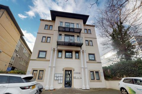 2 bedroom penthouse to rent - St Georges Road, Cheltenham