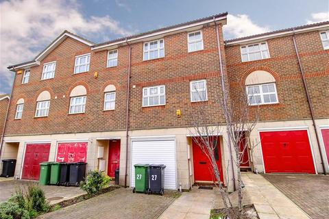 4 bedroom townhouse for sale - Redmayne Drive, Hastings, East Sussex