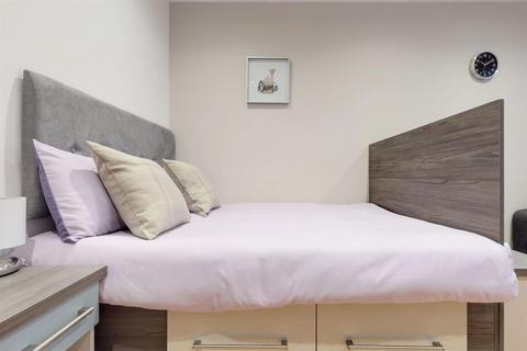 Studio to rent - St Marys Road - S2 - Available 1st Feb