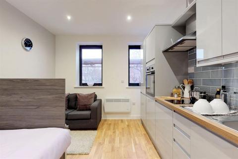 Studio to rent - ST Marys Road - S2 - Brand New