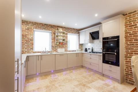 4 bedroom townhouse for sale - Hamworthy, Poole, BH15