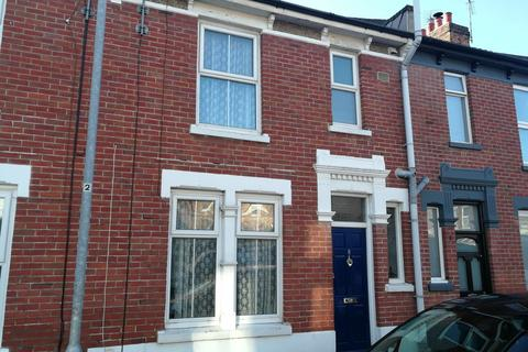 3 bedroom terraced house to rent - St Ann's Road, Southsea, PO4 9AT