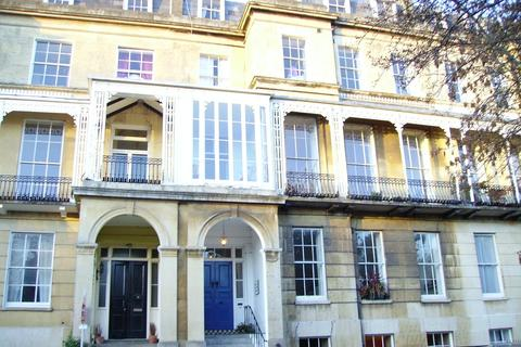 2 bedroom flat to rent - Lansdown Place, Cheltenham