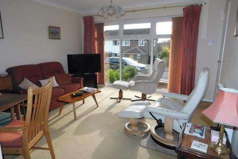 2 bedroom semi-detached bungalow for sale - Millfield Avenue, Stowmarket
