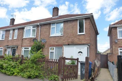 4 bedroom semi-detached house to rent - Stevenson Road, Norwich
