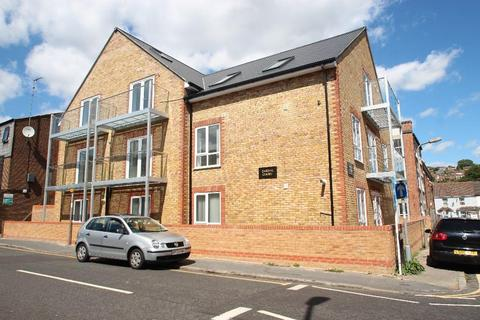 1 bedroom apartment to rent - 5 Jubilee Road, High Wycombe  HP11