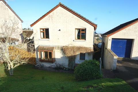 4 bedroom detached house for sale - Lynher Drive, Saltash