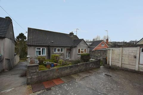 2 bedroom detached bungalow for sale - Love Lane, Saltash