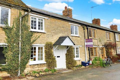 3 bedroom cottage for sale - Canal Road, Thrupp
