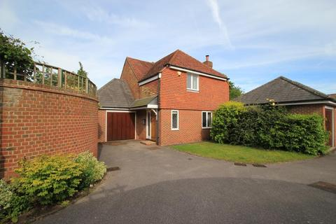3 bedroom detached house for sale - The Old School, Goudhurst, Kent, TN17 1AF