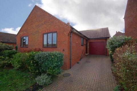 2 bedroom detached bungalow for sale - Orchard Close, Sheringham