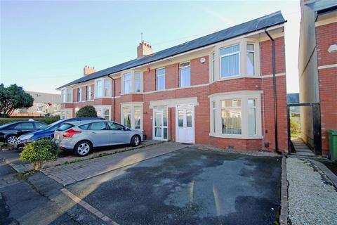 3 bedroom end of terrace house for sale - Toftingall Avenue, Cardiff