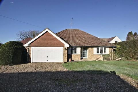 4 bedroom detached bungalow for sale - Chipperfield, Hertfordshire
