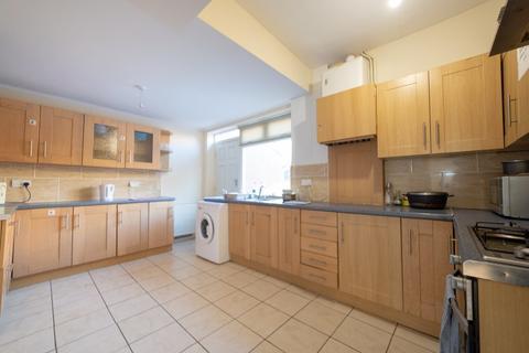 1 bedroom house share to rent - House Share - Coast Road, High Heaton, Newcastle Upon Tyne