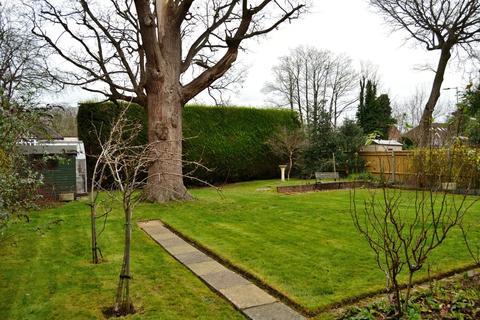 3 bedroom detached house for sale - Rosehill Park, Reading