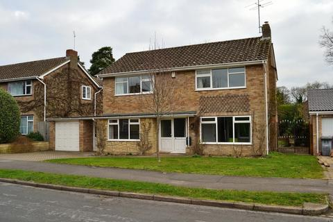 3 bedroom detached house for sale - Rosehill Park, Reading