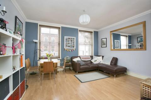 2 bedroom flat to rent - Dalling Road, Hammersmith, W6