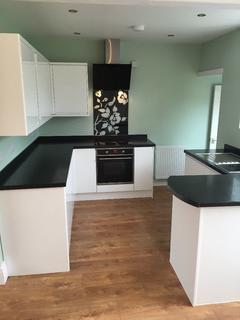 3 bedroom house to rent - Hazledene road, Patchway, Bristol BS34