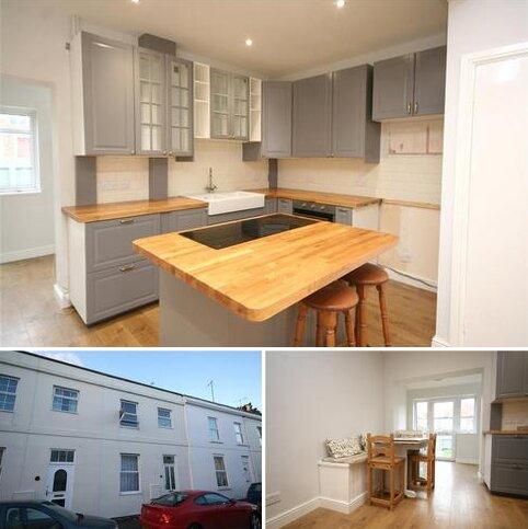 3 bedroom terraced house to rent - Keynsham Street, Cheltenham, Gloucestershire, GL52