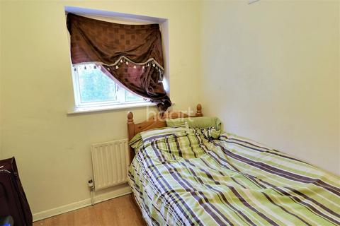 3 bedroom semi-detached house for sale - Sweeps Lane, BR5