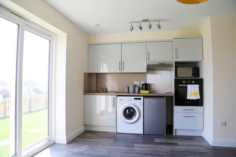 1 bedroom apartment to rent - Flat 2 , 108 wern terrace