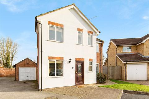 3 bedroom detached house for sale - Golding Thoroughfare, Chelmsford, Essex, CM2