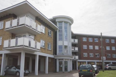 2 bedroom flat to rent - Freemans Way, Deal, CT14