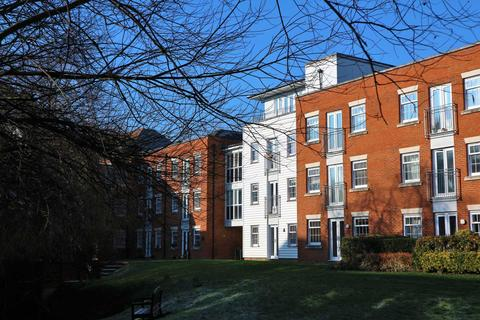 1 bedroom apartment to rent - Waters Edge, Canterbury