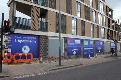 Property to rent - Streatham High Road, Streatham SW16