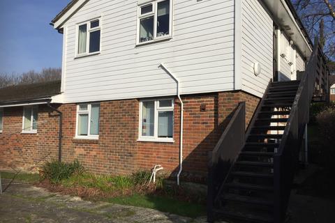 Studio to rent - Streatfield Road, Heathfield TN21