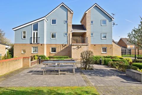 2 bedroom apartment to rent - Onyx Drive Sittingbourne ME10