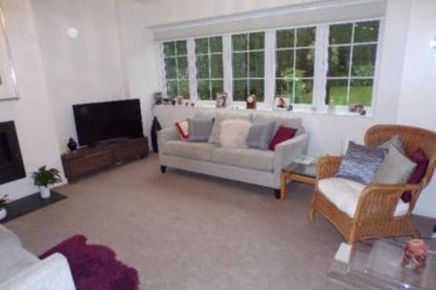 4 bedroom semi-detached house to rent - Cairnaquheen Gardens, Aberdeen, AB15