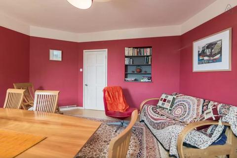 3 bedroom flat to rent - Cleeve House, Calvert Avenue, Shoreditch, E2