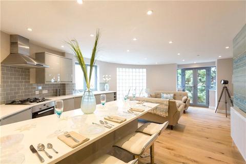 2 bedroom flat for sale - Sandbanks, Poole, Dorset, BH13