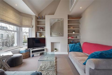 2 bedroom maisonette to rent - St Elmo Road, London