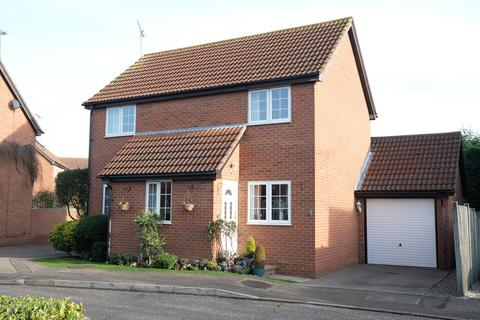 3 bedroom detached house for sale - Ashton Place, Chelmer Village, Chelmsford, CM2