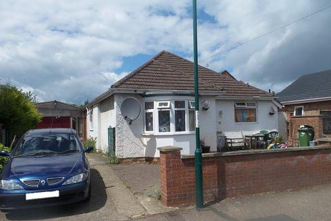 3 bedroom detached bungalow for sale - Waterloo Road, Peterborough