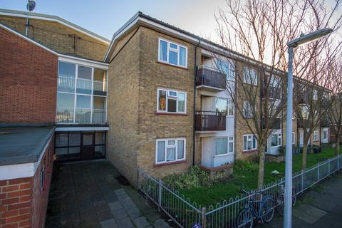 1 bedroom flat to rent - Cockerell Road, Cambridge