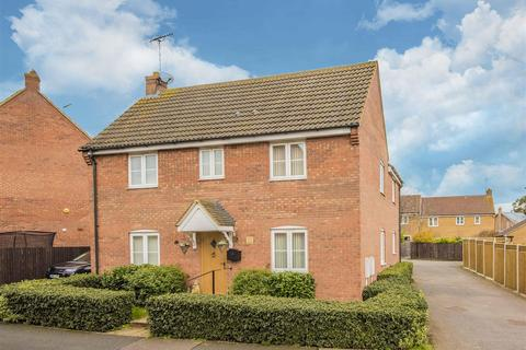 4 bedroom detached house for sale - Yateley Drive, Barton Seagrave, Kettering