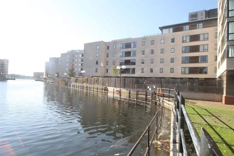 1 bedroom flat to rent - Electra House, Celestia, Falcon Drive, Cardiff Bay